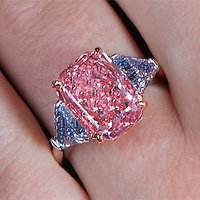 Sotheby's NY to Deliver Pre-Holiday Treat to Fancy-Colored Diamond Lovers